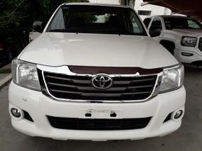 Toyota Hilux 2.7 Chasis Cabina Mt 2015 Blanca
