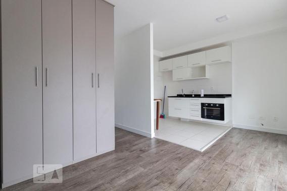 Studio No 18º Andar Com 1 Dormitório E 1 Garagem - Id: 892950644 - 250644