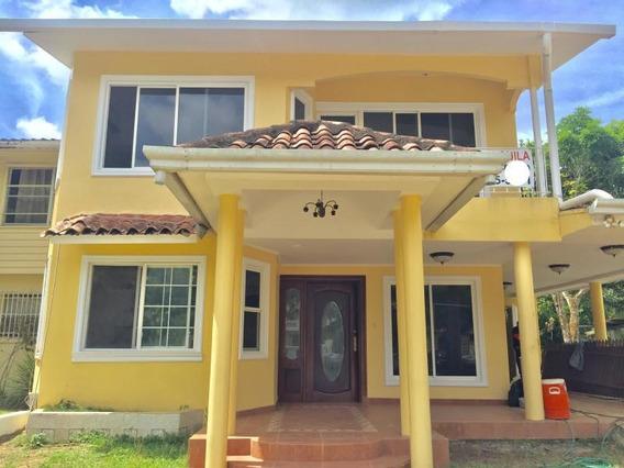 Tranquila Casa En Alquiler En Clayton Panamá Cv