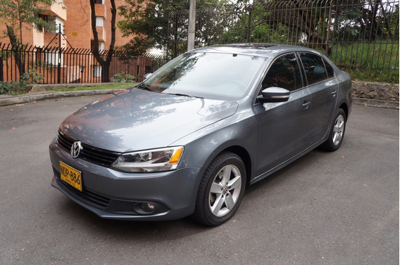 Volkswagen New Jetta 2.5 Treatline