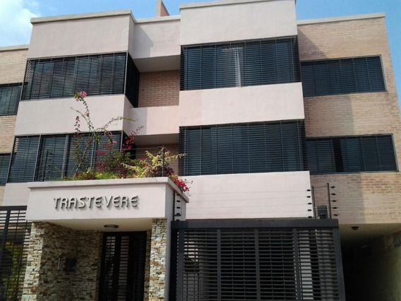 Townhouse En Venta El Parral Valencia Carabobo 20-876 Rahv