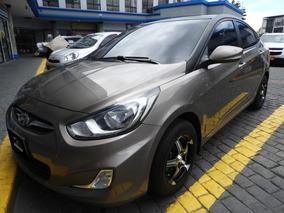 Hyundai I25 Bronce