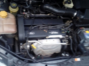 Ford Focus 1.8 I Ambiente2003 Exelente Estado Titular