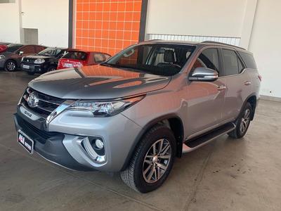 Toyota Hilux Sw4 2016 2.8 Tdi Srx 7l 4x4 Aut. 5p 1° Dono