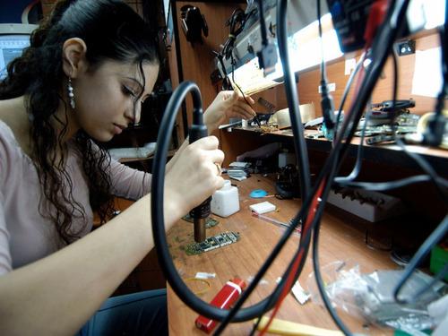 Imagen 1 de 5 de Reparacion Motherboards , All In One, Ntboks Y Fuentes Atx.