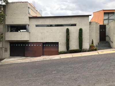 Amplia Y Hermosa Casa En Parque Del Pedregal!!