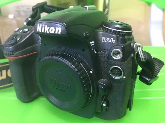 Nikon D300s Com Bateria E Carregador