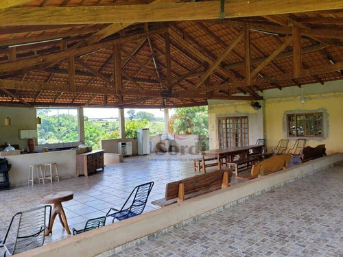 Chácara Com 4 Dormitórios À Venda, 31000 M² Por R$ 720.000,00 - Estrada Municipal Rural - Cajuru/sp - Ch0073