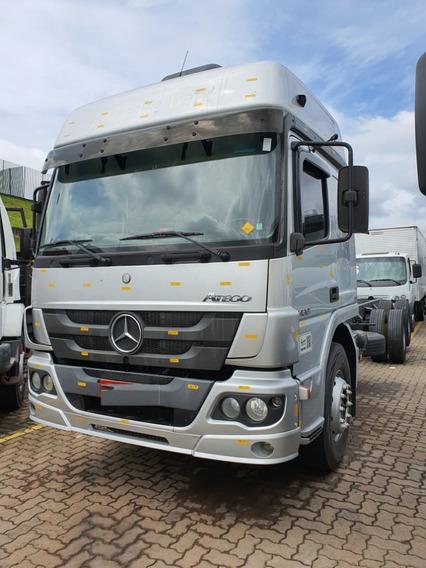 Mercedes-benz Atego 2430 6x2 Chassi Aut 2015 / Financiamos