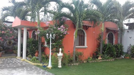 Hermosa Casa En Atacames De Oportunidad