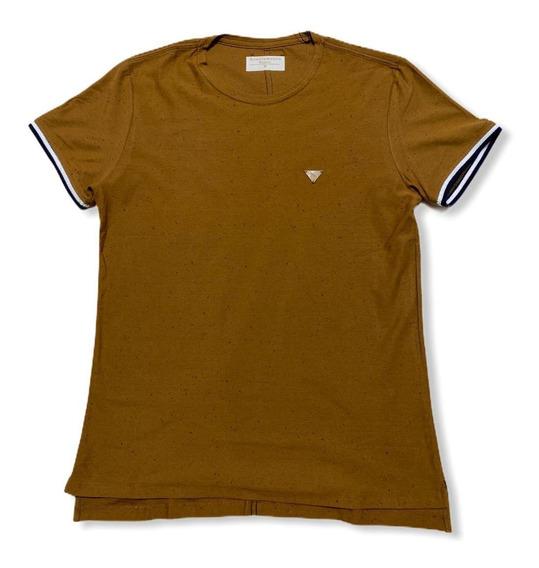 Camiseta Frisos Mangas