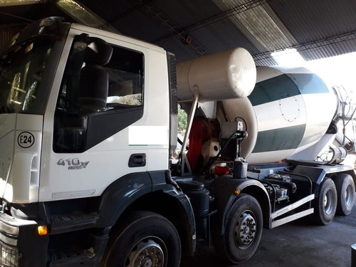 Camion Iveco Trakker 410 Con Mixer