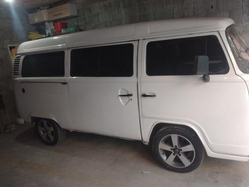 Imagem 1 de 11 de Volkswagen Kombi 2011 1.4 Standard Total Flex 3p