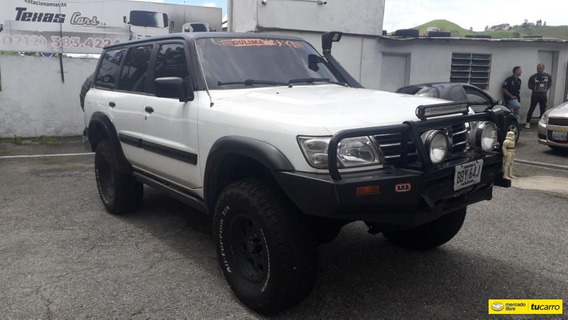 Nissan Patrol Sport Wagon 4x4 Sincronico