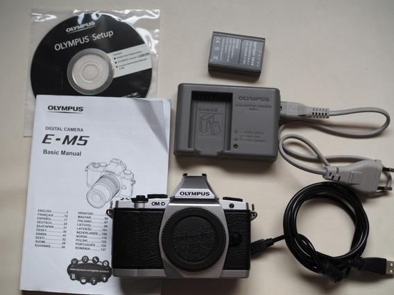 Câmera Digital Olympus Omd Em5