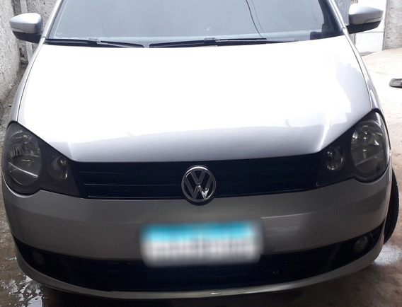 Volkswagen Polo Sedan 1.6 Vht Total Flex 4p 2014