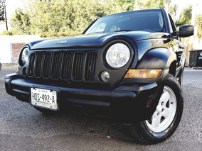Jeep Liberty Sport 4x2 At 2006