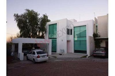 Casa En Venta Al Poniente De La Ciudad, Canteras De San Agustín (lc)
