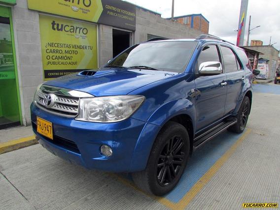 Toyota Fortuner Srv At 3000cc