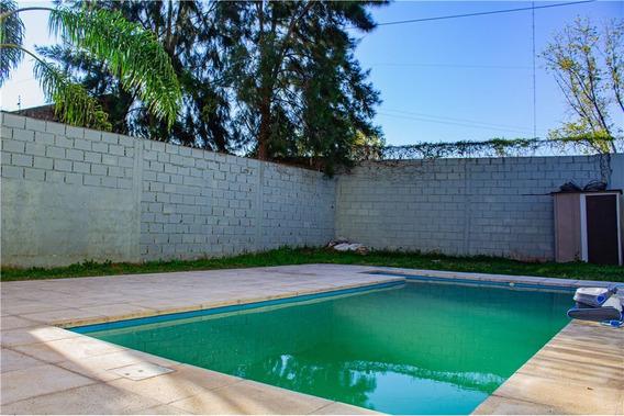Casa Lote 348m2 Con Pileta Y Playroom Oportunidad