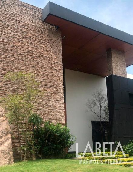 Piedra Para Fachadas Arquitectónicas / Cintilla Piñon