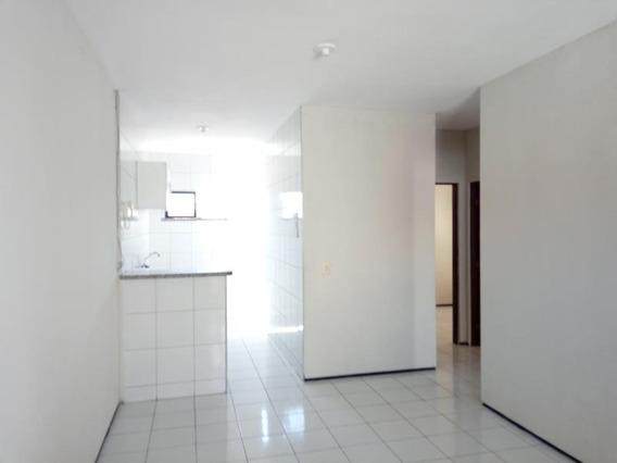 Aluguel Casa 3 Quartos, Garagem - Maraponga