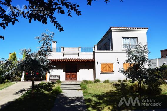 Casa En Venta De 5 Amb., Barrio San Marco Al Río, Villanueva