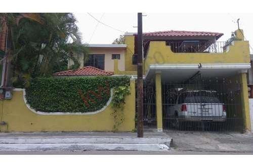 Casa En Venta En La Colonia Obrera Tampico.