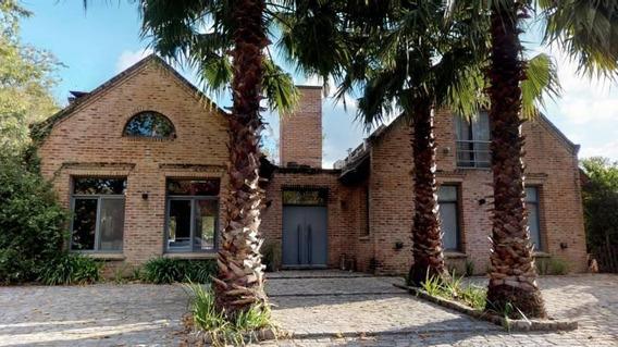 Excelente Casa En Venta Con Renta En Carmel Country Club