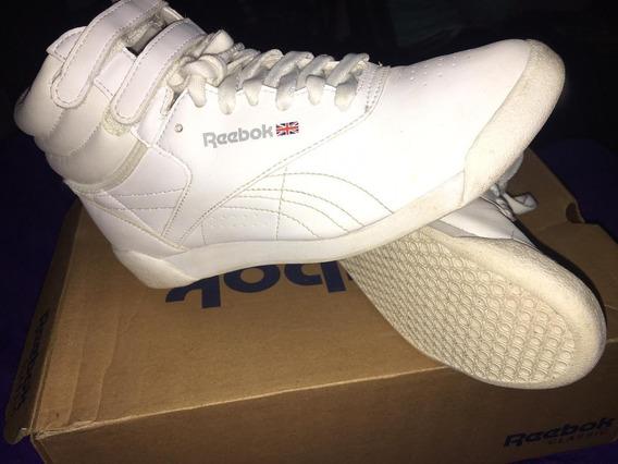 Zapatillas Reebok Classic -talle: 9.5 Blancas