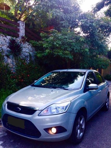 Ford Focus Sedan 2.0 Ghia Flex 4p 2010