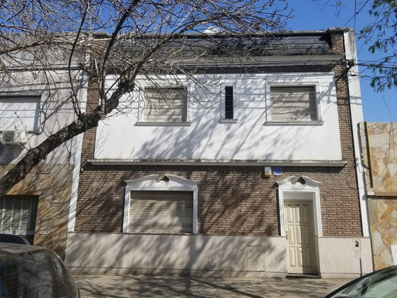 Casa 4 Dormitorios - Valparaiso 1200