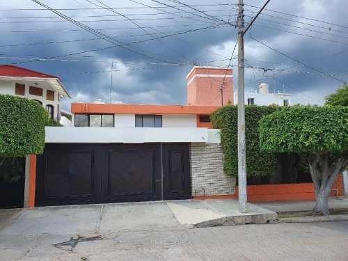 Casa Sola En Renta Fracc Los Laureles