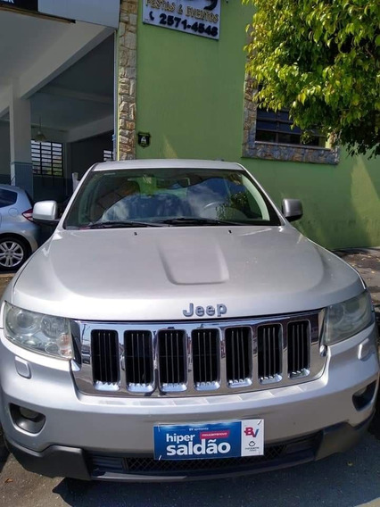 Jeep Grand Cherokee Laredo V6 3.6 4x4