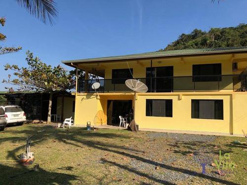 More A 50mt Da Praia Em Local Com Apenas 20 Casas, Na Praia Vermelha - Ca0564