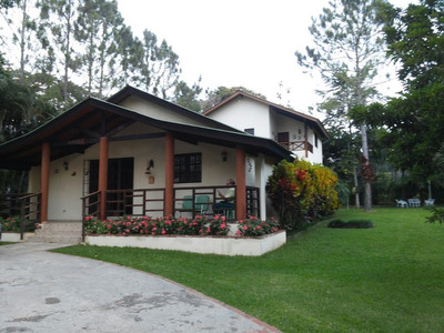 Villa En Venta En Jarabacoa Epkasa (rmv-138)
