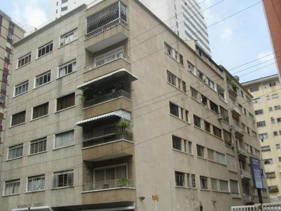 Apartamento En Venta Mls 18-329