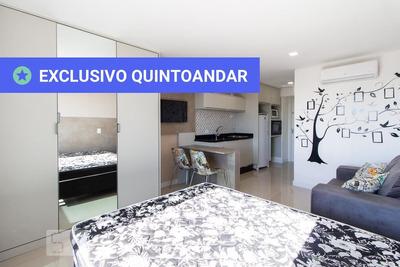 Studio No 16º Andar Mobiliado Com 1 Dormitório E 1 Garagem - Id: 892930487 - 230487