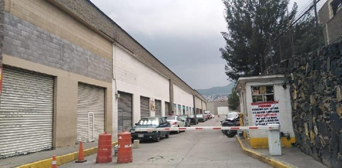 Imagen 1 de 14 de Local En Renta En Avenida Principal De Los Reyes Acaquilpan, Local En Renta  De 300 M² En Corredor