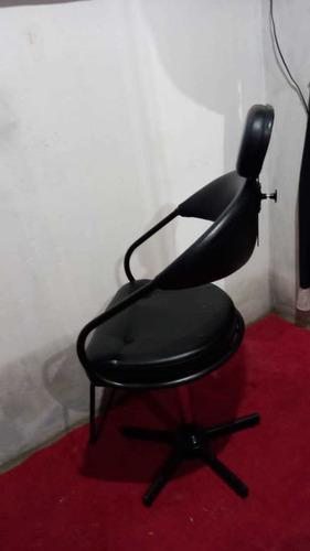 Imagem 1 de 1 de Cadeira Para Salao