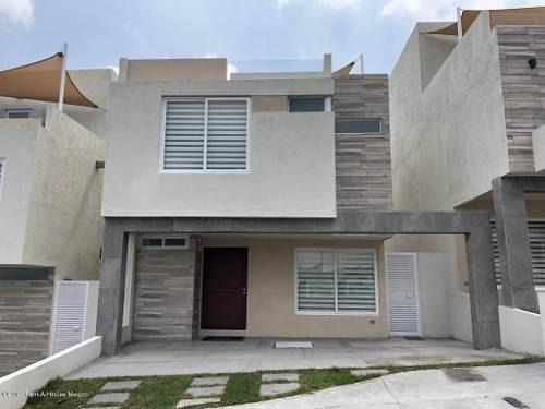 Casa En Venta En Zibata, El Marques, Rah-mx-20-735