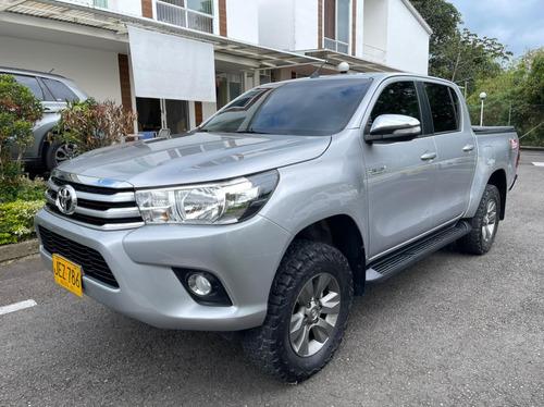 Toyota Hilux 2.8 Full
