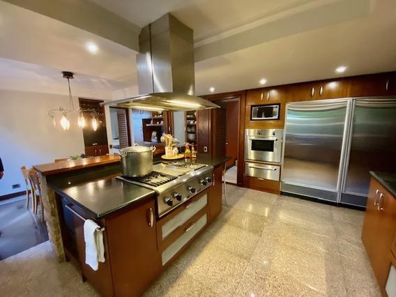 Casa En Venta Alto Hatillo 4h+2h Serv- 6b- 8p Y Pozo De Agua