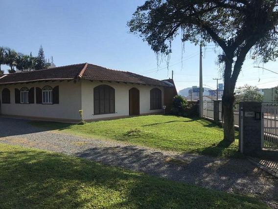 Casa No Costa E Silva Com 3 Quartos Para Locação, 267 M² - Lc102