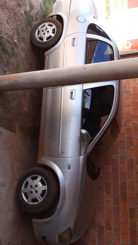 Imagem 1 de 2 de Chevrolet Classic 2010 1.0 Flex Power 4p
