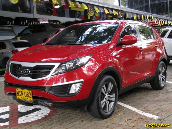 Kia New Sportage Revolution 2400 Cc At 4x4