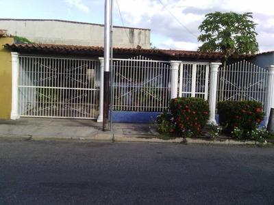 Bonita Casa En Venta Urb Villas De Santa Rita. Sg #18-16725