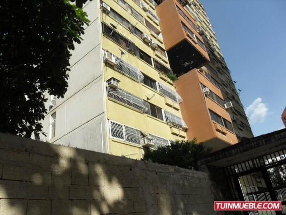 Apartamento En Venta Palma Real Naguanagua 19-12913 Acrr