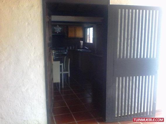 Casas En Venta En Las Morochas San Diego Mac-497