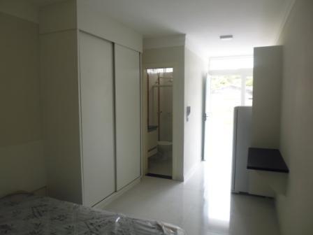 Kitnet Com 1 Dormitório Para Alugar, 24 M² Por R$ 750/mês - Nova América - Piracicaba/sp - Kn0011